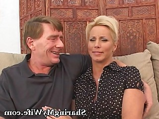 Amateur Big Tits Blonde Bus Busty Couple Fuck Ladyboy